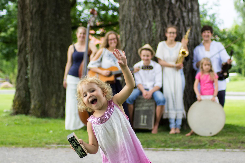 la-le-luna-Familienband-la-luna-Familienmusik_kleiner